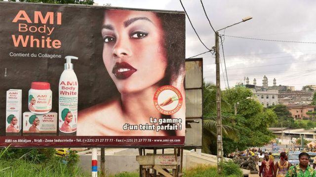 आइभोरी कोस्टमा देखिएको विज्ञापन