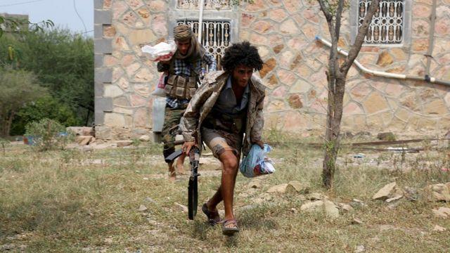 مقاتلون موالون لهادي في تعز، اليمن - 18 آب 2016