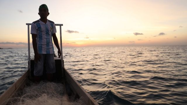 Abdul Ryan on a boat, Rote residents who have also been imprisoned with the same case