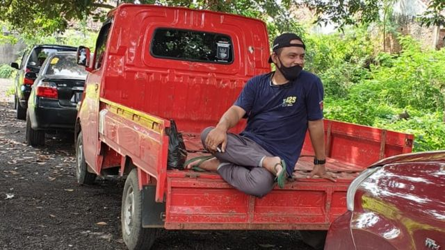 Djoky kamyonuyla