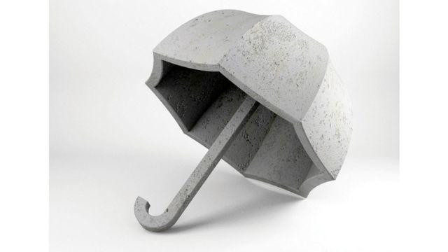Неудобный зонтик