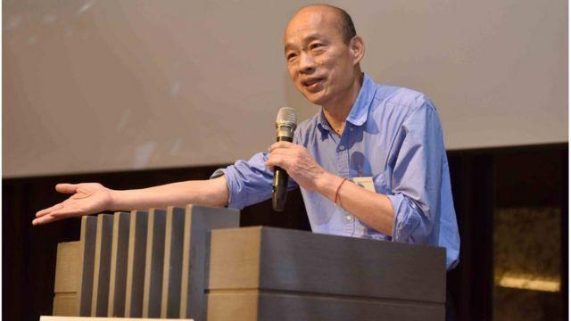 在日前美國商會的演講上,韓國瑜中英摻雜的演講再度引發台灣年輕人討論。