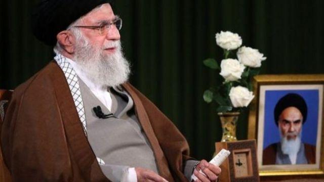 آیت الله خامنه ای گفته ایران از آمریکا برای مقابله با ویروس کرونا کمک نخواهد گرفت