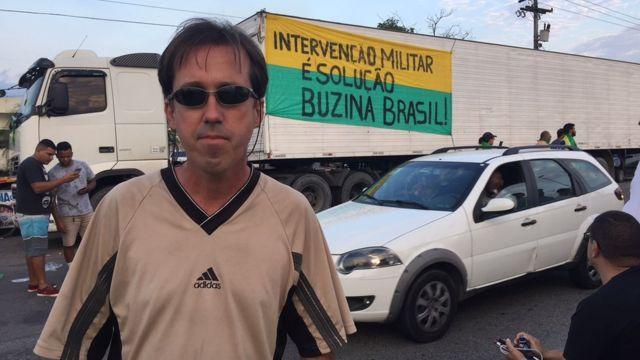 O caminhoneiro Antônio Soares Mouzinho