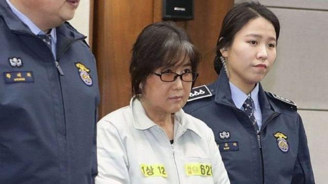 Чхве Сун Сіль - подруга екс-президента Південної Кореї, яку вважають ініціатором корупційних схем