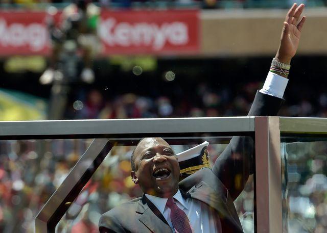 Prezida wa Kenya Uhuru Kenyatta ku munsi wo kumwimika itariki 28/11/2017