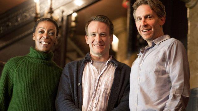 大人のハーマイオニー役のノーマ・ドゥメズウェニ、ハリー役のジェイミー・パーカー、ロン役のポール・ソーンリー