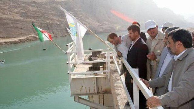 محمود احمدی نژاد در افتتاح نیروگاه سد گتوند اردیبهشت ۱۳۹۲