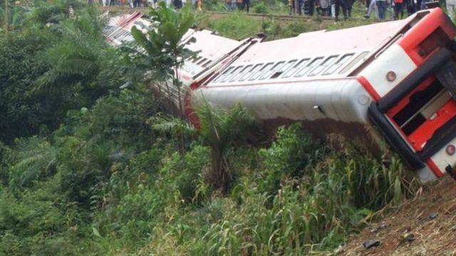 Les causes du déraillement du train demeurent inconnues.