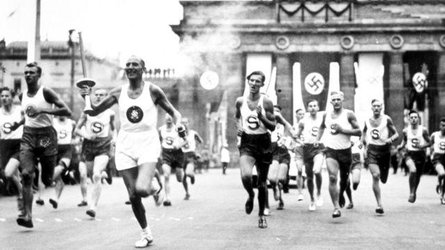 Неприятная правда состоит в том, что образный ряд Олимпийских игр недалеко ушел от фашистского