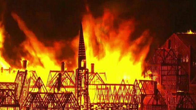 Wooden replica of 1666 London set alight to mark anniversary of Great Fire