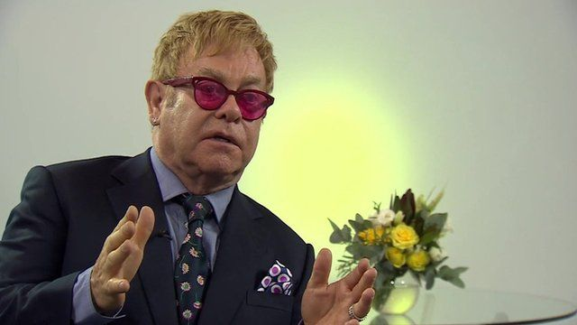 Image of Sir Elton John speaking to BBC's Bridget Kendall in Kiev - 12 September 2015