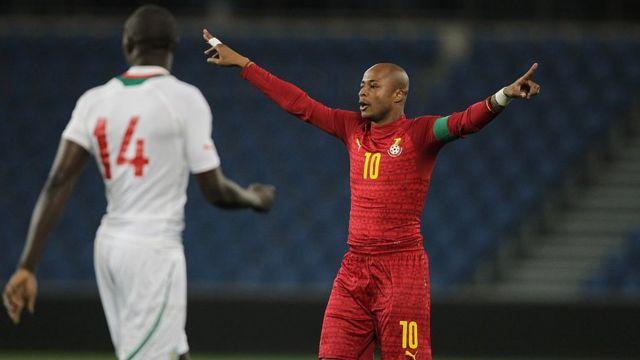 Le capitaine des Black Stars du Ghana, André Ayew, lors d'un match amical contre le Sénégal en 2015.