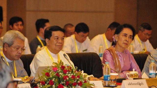 ငြိမ်းချမ်းရေး ဆွေးနွေးမှုပူးတွဲ ကော်မတီအစည်းအဝေး