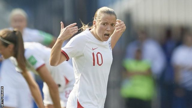 Fran Kirby celebrates scoring against Sweden