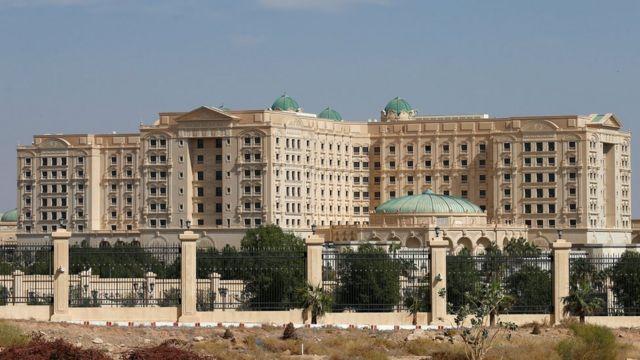 El hotel Ritz-Carlton en Riad, Arabia Saudita.