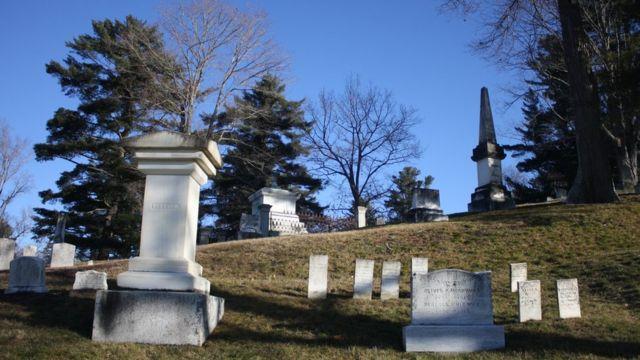 Cemitério Mount Hope, nos EUA, que ficou famoso na obra 'Cemitério Maldito', de Stephen King