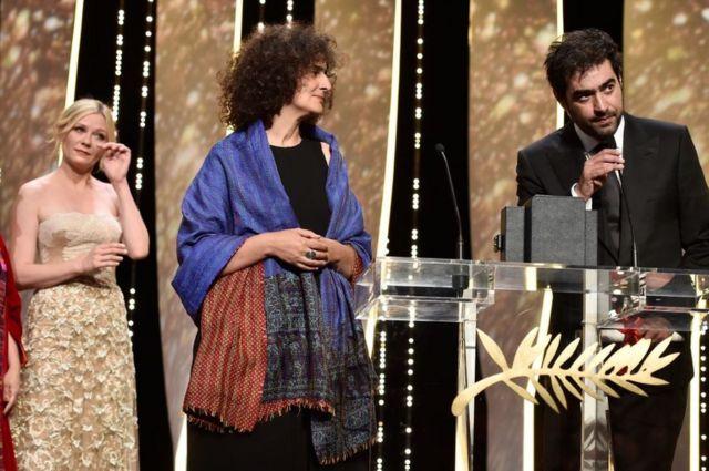 الممثل الإيراني شهاب حسيني (على اليمين).