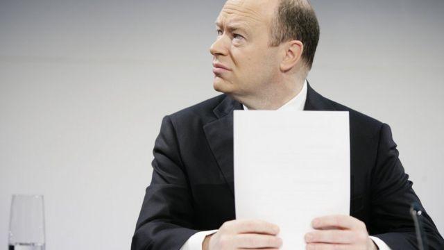 Deutsche Bank reveals radical restructuring plan