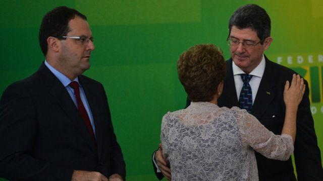 Dilma anunciou equipe econômica com Joaquim Levy e Nelson Barbosa para acalmar o mercado