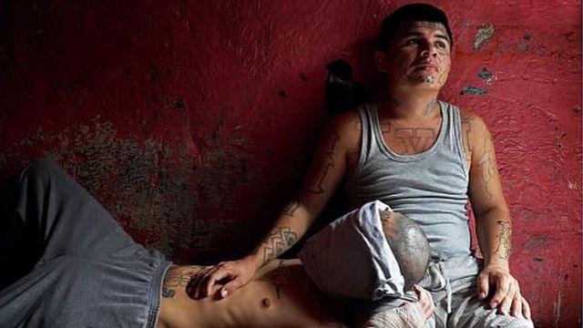 IMPERDONABLE, documental sobre un pandillero homosexual en El Salvador podría ser nomino al OSCAR