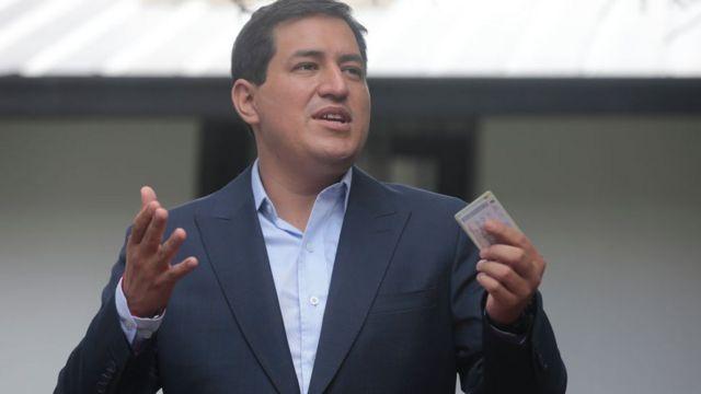Andrés Arauz discursa