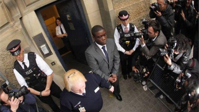 アドボリ被告は2012年に禁錮7年の有罪判決を受けた
