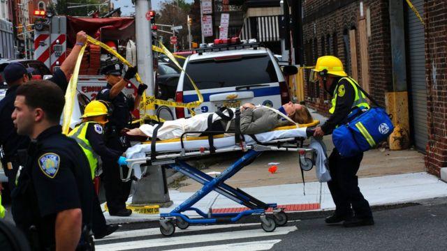 Mujer trasladada tras accidente en Nueva Jersey.