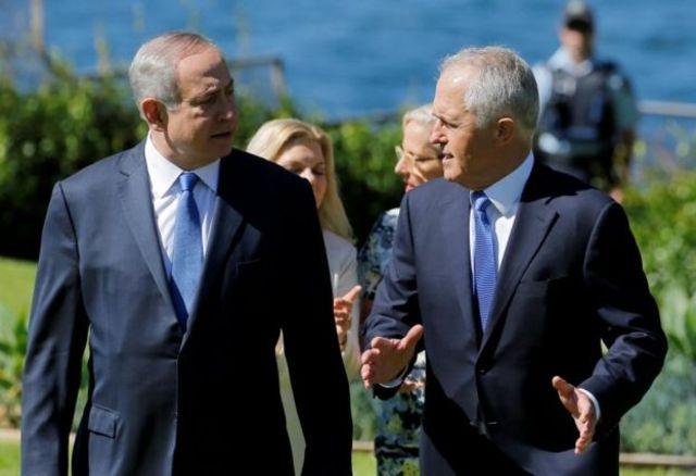 مالکوم ترنبول (راست) و بنیامین نتانیاهو