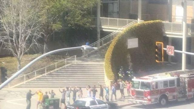 أكدت مستشفى سان فرنسيسكو أنها تعالج 3 جرحى أصيبوا في عملية إطلاق النار منهم حالة إصابتها حرجة
