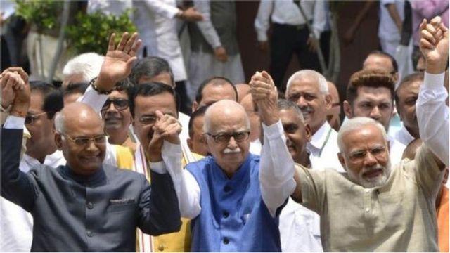 প্রধানমন্ত্রীসহ ভারতের নতুন রাষ্ট্রপতি
