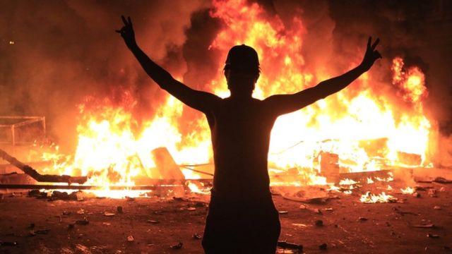اعتراضات عراق علیه فساد و بیکاری که چند هفته پیش شروع شد در حال گسترش بوده است