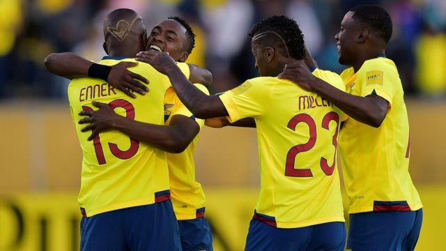 Ecuador celebra un gol frente a Venezuela.