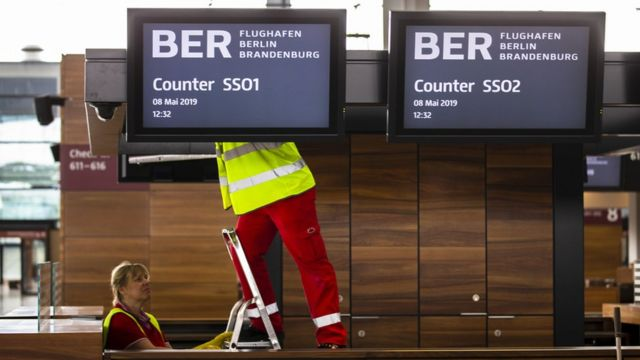Berlin Brandenburg: The airport with half a million faults