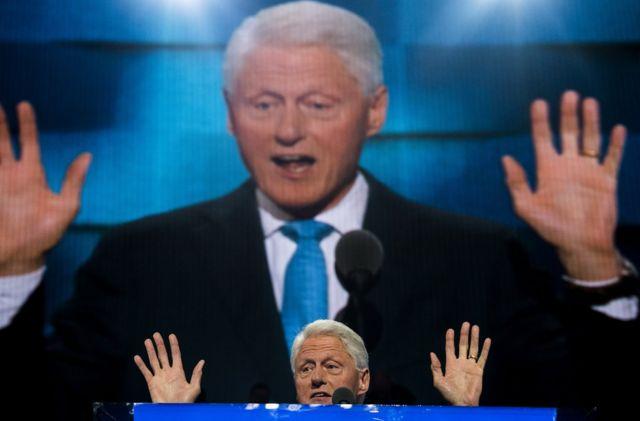 El expresidente habla ante la Convención demócrata en 2016.