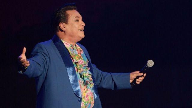 Juan Gabriel es el mexicano más cantado del mundo, dicen en su país.