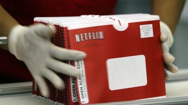 Sobres con discos de Netflix
