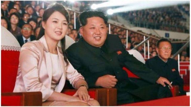 Prezida Kim Jong-un n'umugore wiwe Ri Sol-ju