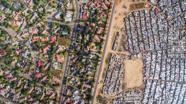 南アフリカ・ブロウネスラントのキヤサンズ