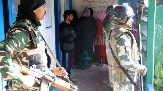 कश्मीर में चुनाव
