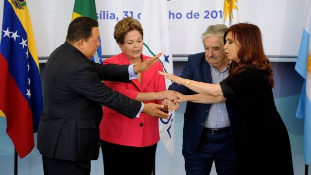 Dilma Rousseff, Jose Mujica, Cristina Kirchner y Hugo Chávez.
