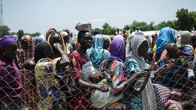 Desplazados nigerianos por el conlicto.