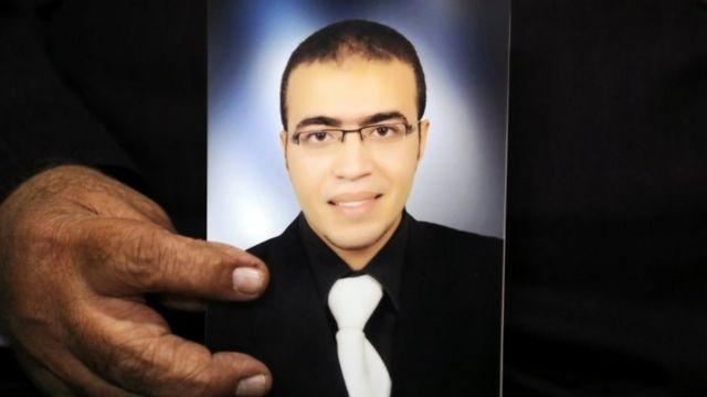 عبدالله الحماحمي، 29 عاما، المشتبه في أنه حاول تنفيذ هجوم على جندي قرب المتحف الشهير وسط باريس