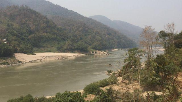 မိုင်းတုံဆည် , သံလွင်မြစ် ,အရှေ့တောင် အာရှဒေသအကြီးဆုံး ဆည်