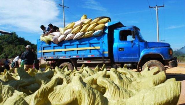 အိန္ဒိယကို မြန်မာပြည်က ၁ နှစ်ကို ပဲတန်ချိန် ၅ သိန်းကျော်ပို့နေ