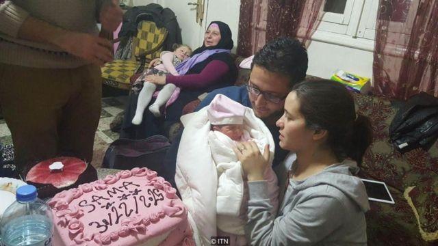 Waad al Kateab capturó los momentos más íntimos de su vida, como el nacimiento de su hija Sama.