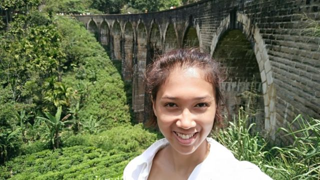 Selfie di lokasi wisata yang aman