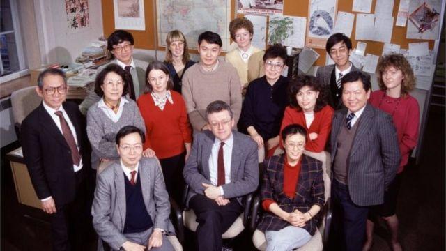 中文部员工1989年在办公室