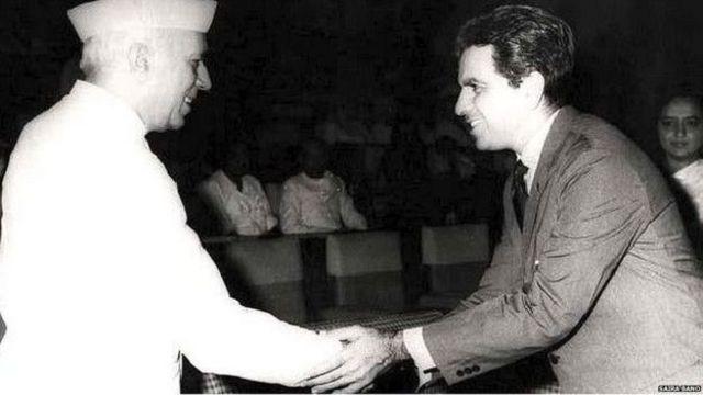 دلیپ کمار نہرو کے ساتھ