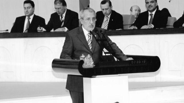 Arslan, 2002-2011 yılları arasında AKP Diyarbakır milletvekili olarak TBMM'ye girdi